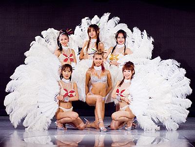 mariaozawamacaushowgirl-cro.jpg